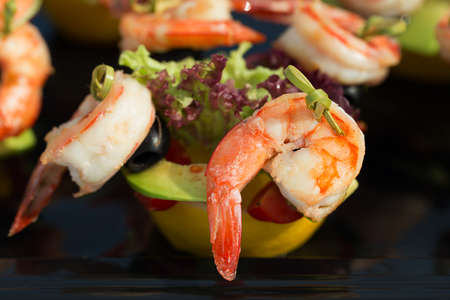 shrimp cocktail: shrimp canape starter