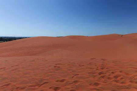 ne: Red sand dunes in Mui Ne villiage, Vietnam