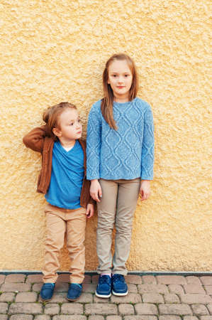 pullover: Fashion portrait of adorable kids