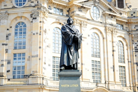reformation: Statue of Martin Luther, German monk and iconic figure of the Protestant Reformation, in front of the Lutheran Frauenkirche in Dresden, Germany