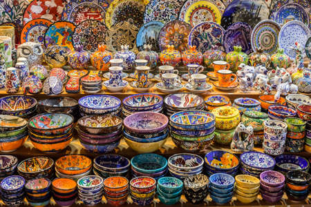 bazar: Traditional ceramics on Grand Bazar, famous Istanbul market. Stock Photo