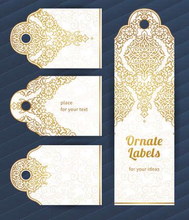 Vintage sierlijke kaarten in oosterse stijl. Golden Oost bloemen decor. Sjabloon vintage frame voor wenskaart en bruiloft uitnodiging. Sierlijke vector grens en plaats voor uw tekst.