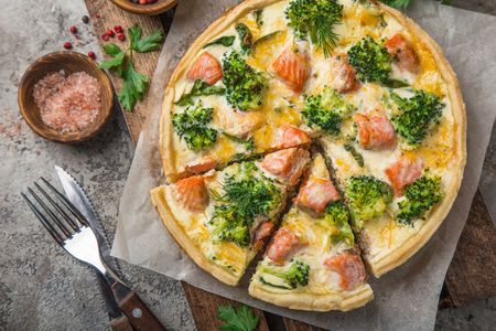 smoked salmon, broccoli and spinach quiche tart, top view