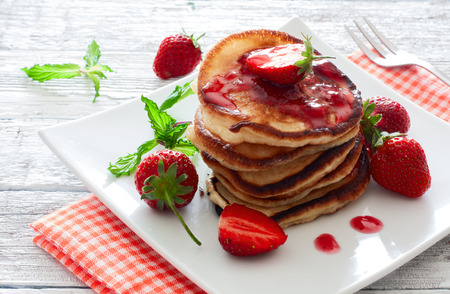 strawberry jam: Pancakes with jam and fresh strawberries
