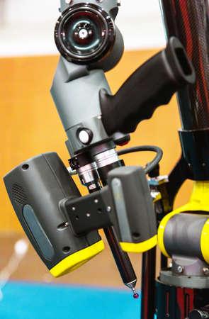 Très Très Haute Résolution De Rendu 3D D'un Robot Industriel Banque D  DX27