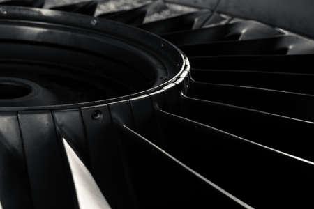 blanco y negro: Primer plano de un motor a reacci�n de un avi�n