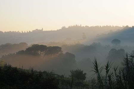 Sunrise in Tuscany Stock Photo - 5837401
