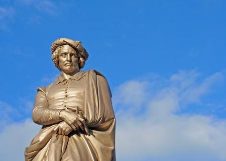 Statue of the Dutch painter Rembrandt van Rijn, Amsterdam