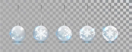 Glass New Year balls set with snowflake pattern on a transparent background. Christmas bauble for design. Xmas festive decoration objects. Xmas isolated shine decor. Imagens - 131226070