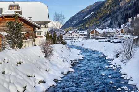 Ischgl, Austria - December 24, 2017: Winter resort Standard-Bild - 114642729