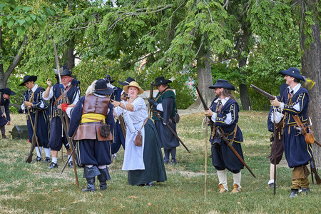 Brno, Czech Republic - August 18, 2018: Historical reenactment Day of Brno. Actors in historical Infantry costumes muskets before new attack Banque d'images - 122970785
