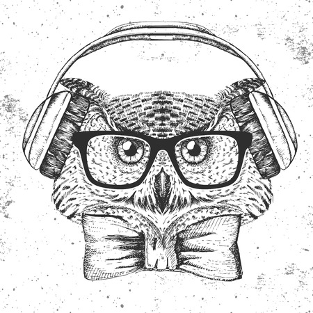 Hipster bird owl. Hand drawing Muzzle of bird owl.