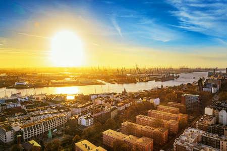 paesaggio industriale: Amburgo, Germania, paesaggio urbano