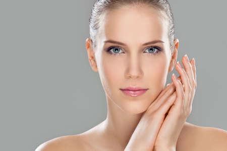 Schönheit mit Make-up, Studioaufnahme Standard-Bild - 63536145