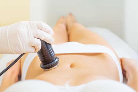 masaje: tratamiento de cavitación de primer plano Foto de archivo