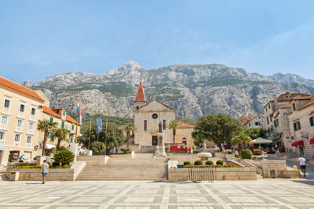 Center of the town of Makarska, Croatia Imagens