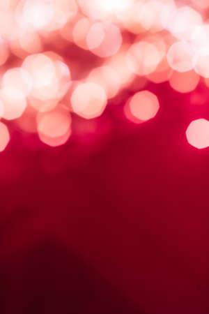 Vakantie branding, glam en gloed concept - glamoureuze witte glanzende glitter op roze abstracte achtergrond, Kerstmis, Nieuwjaar en Valentijnsdag achtergrond, bokeh overlay voor luxe vakantie merkontwerp Stockfoto