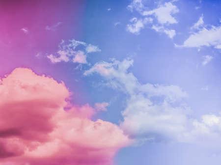 Magischer Traum, Naturkulisse und spirituelles Urlaubskonzept - Verträumter surrealer Himmel als abstrakte Kunst, Fantasiepastellfarbenhintergrund für modernes Design