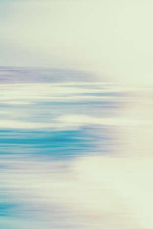 Concepto de paisaje marino, vista al mar y costa: fondo abstracto de naturaleza costera vintage, vista de larga exposición de la costa del océano de ensueño, impresión de arte retro del mar, destino de vacaciones en la playa para la marca de viajes de lujo