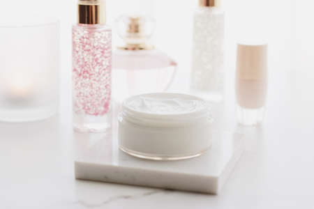 Face cream moisturizer in a jar, luxury skincare cosmetics and anti-aging product for healthy skin and beauty routine 版權商用圖片