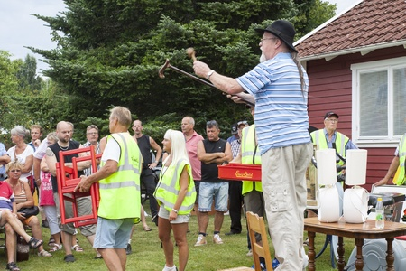 auctioneer: An auction held in a village in Scandinavia Editorial