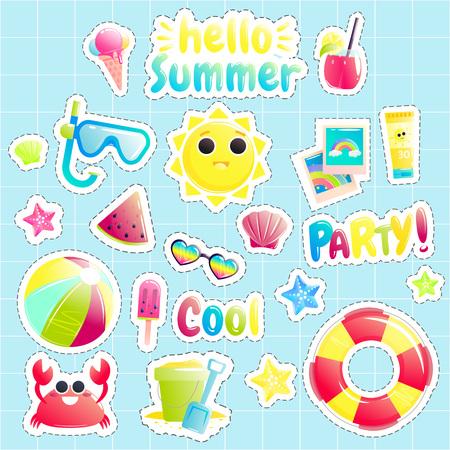 Hola Verano. Conjunto de lindos objetos costa afuera. Bonito sol, cangrejo, sandía, pelota de playa y balde. Ilustración de dibujos animados de vector
