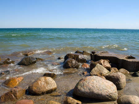 inflow: Inflow of a wave on stones