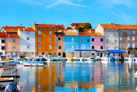 クロアチア、ノヴィグラードの古いイストリアの街。 写真素材