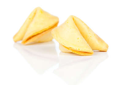 Fortune cookies aisladas sobre fondo blanco photo