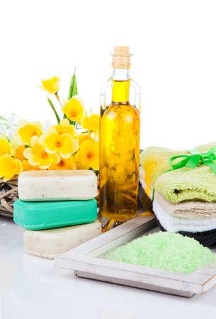 productos de aseo: artículos de tocador para la relajación, aislados en blanco