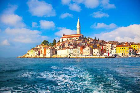 Antigua ciudad de Istria en Porec, Croacia Foto de archivo - 27106303