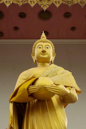 budda: Gold Budda Statue