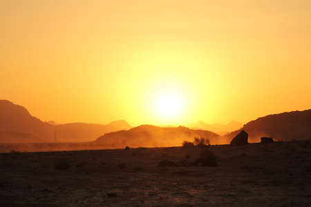 Sunset in the wadi rum desert Archivio Fotografico - 130135740