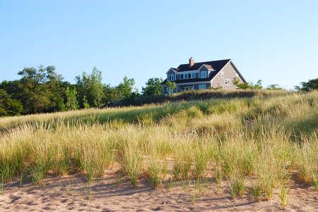 Abgelegenen Wohn Ferienhaus in den Dünen am Lake Michigan, USA.