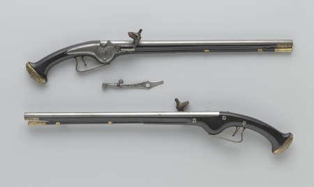 antique pistol photo