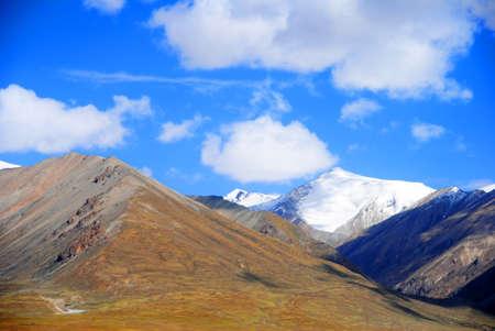 tibet mountains photo
