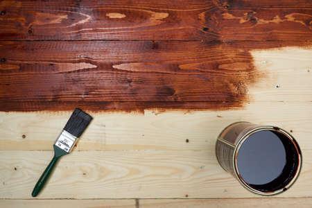 Hazlo tu mismo. Tabla de madera de la mancha. Foto de archivo - 72805091