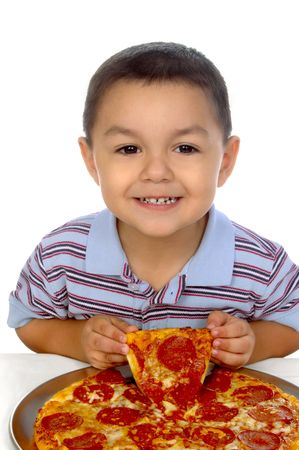 kid and pizza photo