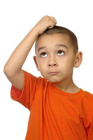 five years old: bambino guardando frustrato, cinque anni
