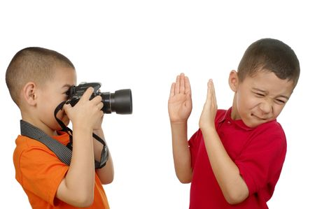원치 않는 파파라치 스타일의 사진을 찍는 사진 작가 아이
