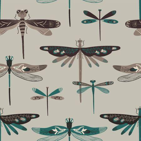 Verzierter Insektenhintergrund der Volkskunst. Buntes nahtloses Muster von Libellen mit verzierten Flügeln.