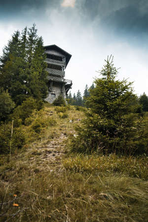 natur: idylic contry home at montain in natur