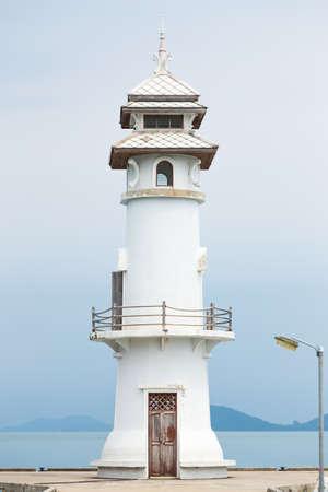 White lighthouse   photo