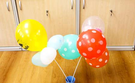 create: present design  create balloon images