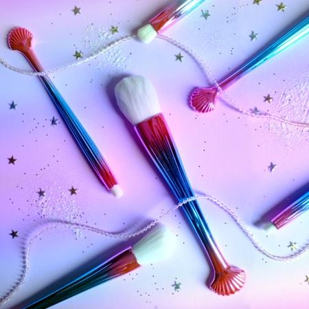 Rainbow makeup brush set background
