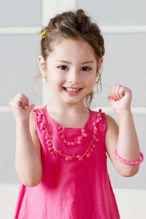 jolie petite fille: Heureuse de petite fille