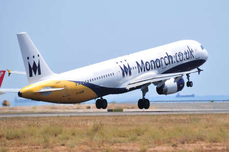 monarch air line uk company air line flying maniobre of elevation
