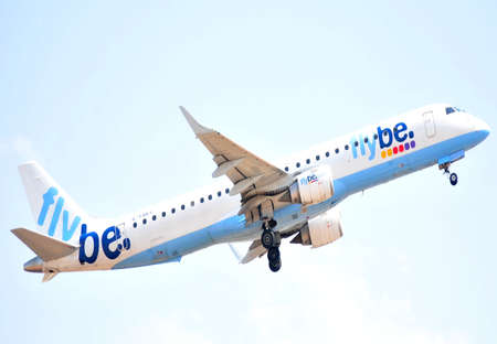 flybe airliner planes alicante airport aircraft area, flying over alicante spain