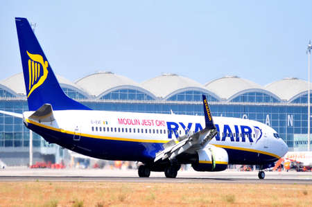 ryanair irish line aviation in maniobre of start to fly in alicante airport, spain