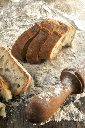 making bread: fare il pane carbohydatres cereale grano elaborazione